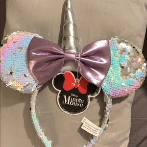 Disney Minnie Mouse pink/purple bow/ Brand new